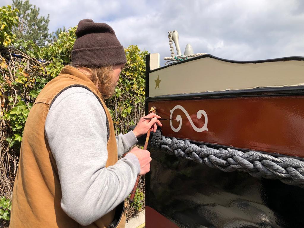 letters op boot schilderen